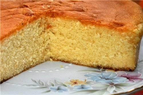 Бисквит золотистый масляный с белым шоколадом
